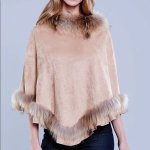 NWT / DOLCE CABO / CHARCOAL FAUX FUR PONCHO